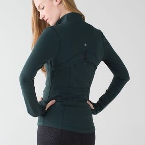 Lululemon Define Jacket size 6 In fuel green.